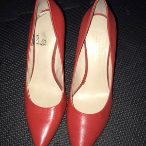 Excellent condition red  pump heel